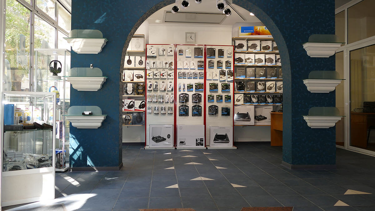 VSystem Shop Interior
