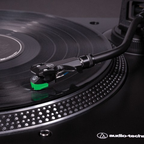 Audio-Technica AT-LP120XBT-USB Turntable - Arm