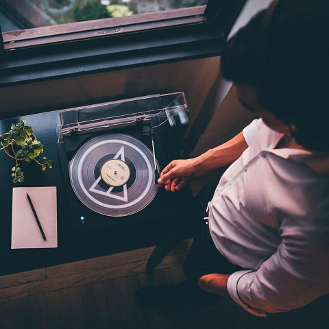 Audio-Technica AT-LP60-BT Turntable - Product Application Man