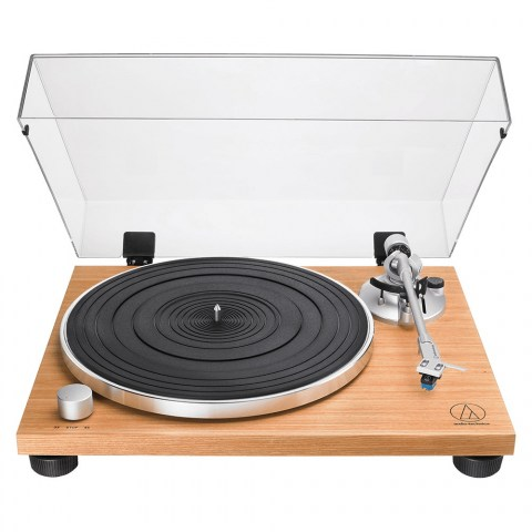 Audio-Technica AT-LPW30TK Turntable - Front