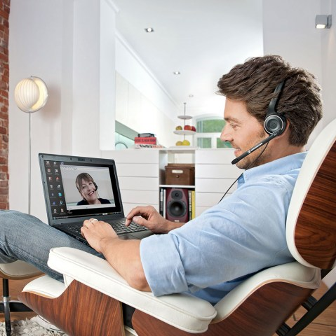 Sennheiser PC 7 USB Headset - Product Application - Man Side