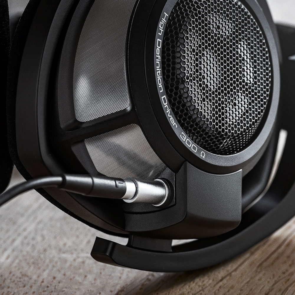 Sennheiser HD 800 S Headphones - Left on the Table