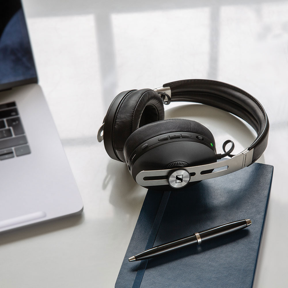 Sennheiser MOMENTUM 3 Wireless Black Headphones - Product Application - Laptop