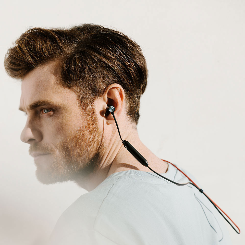 Sennheiser MOMENTUM Free Earphones - Man Side