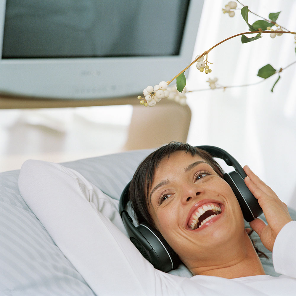 Sennheiser RS 120 II Wireless System - In Use - Woman